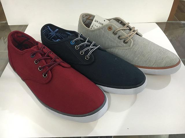 男式帆布鞋